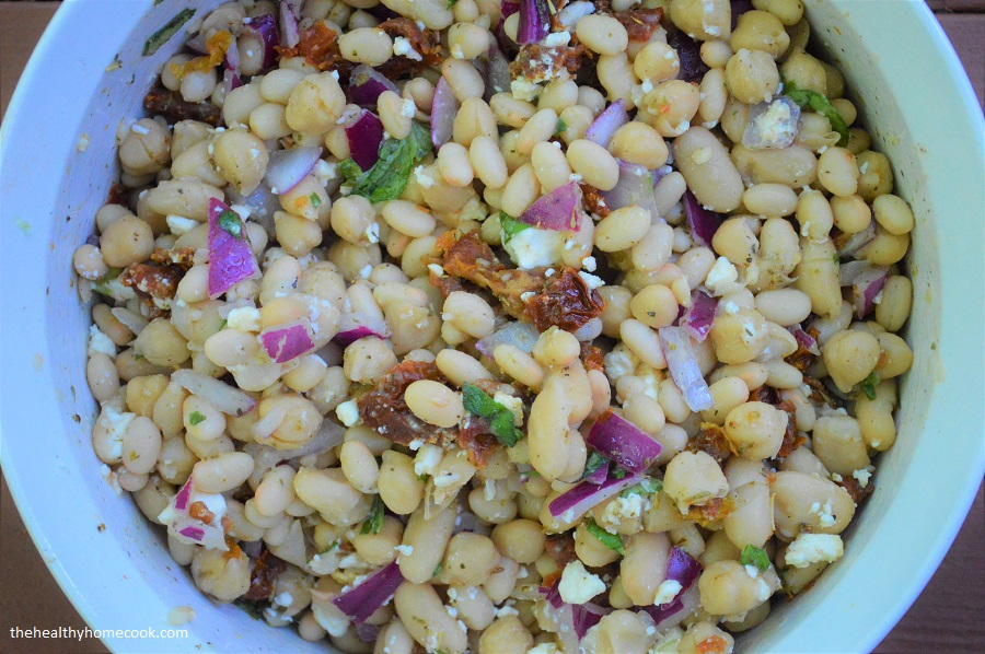 Tuscan 3 Bean Salad: A delicious salad that's easy to make and is the perfect addition to almost any meal!